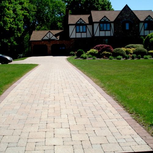 Driveway & Landscaping