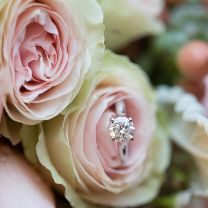 Lora's Floral Arrangements and Decorations