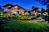 Twilight shot of a home in Eagle, Idaho