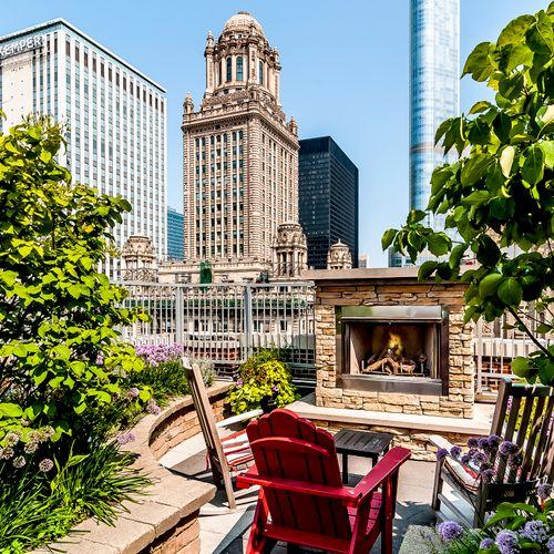 Rooftop Deck - MDA City Apartments