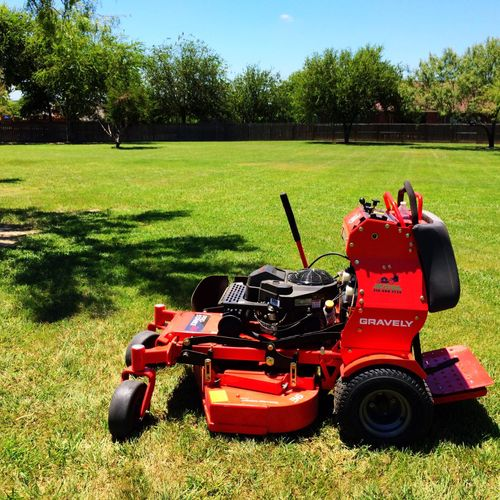 San Antonio Lawn Mowing, Large Lot Lawn Care