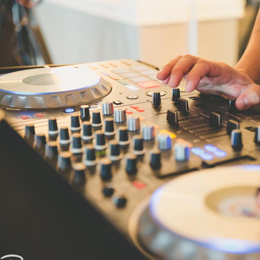 DJ Lumis