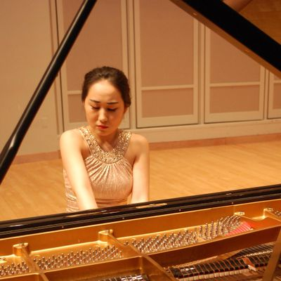 Avatar for KOWOON's Piano/Korean Lesson Kansas City, MO Thumbtack