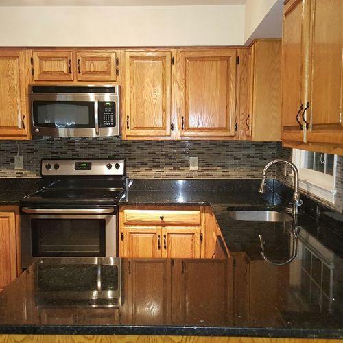 Kitchen back splash completed.
