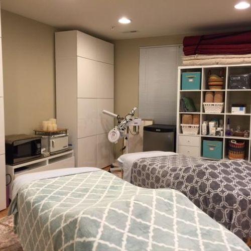 Couples Treatment Room Services: Facials/Body Treatments/Thai Massage/Couples Massage