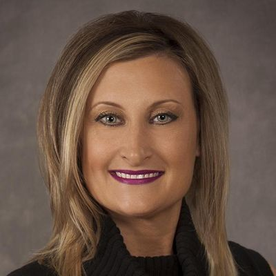 Avatar for Christine Leonchik, Broker with RE/MAX Market Willowbrook, IL Thumbtack