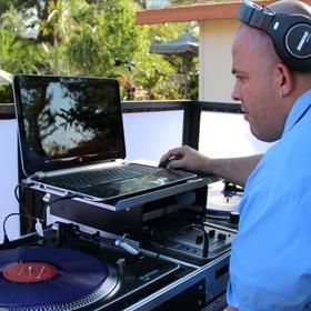 Arreola Entertainment  Photo Booth Services