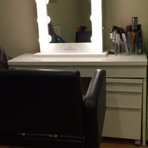 Hair/Make-Up Station