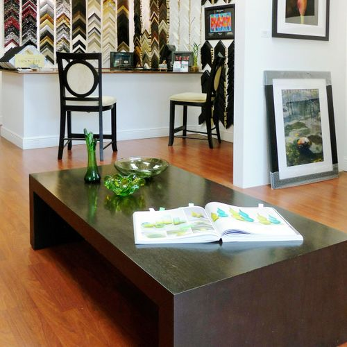 Our gallery features art by local artists, decorative accessories, and vintage art items.