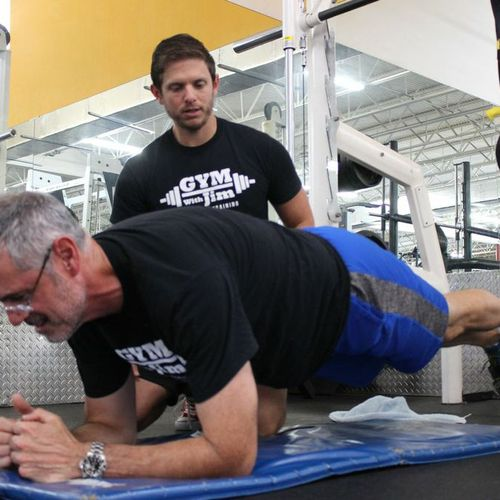 Building some core strength with some TRX planks