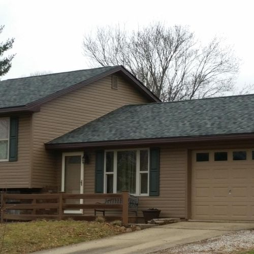 Roofing, Siding, Soffit, Fascia and Gutters in Lancaster