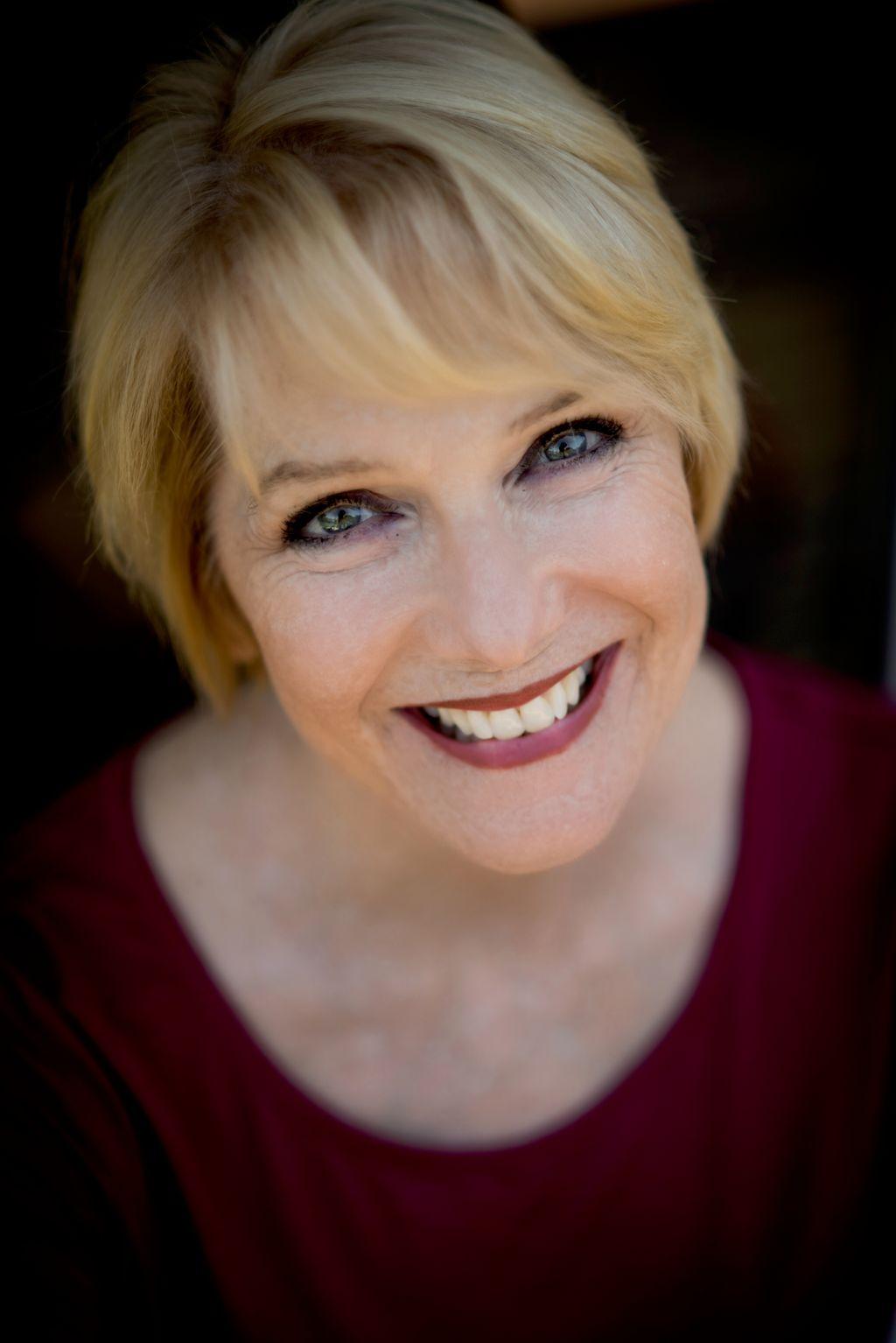 Liz Hodge Voice Studio
