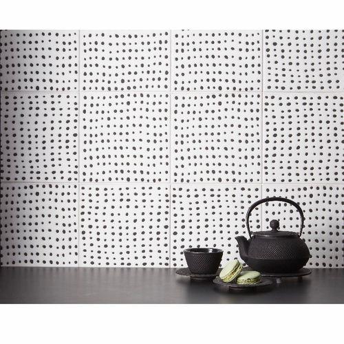 Anne Sachs Tile Installation