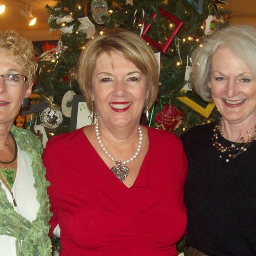 Sunset River Art Gallery, Calabash, NC, speaking at a Christmas gala.