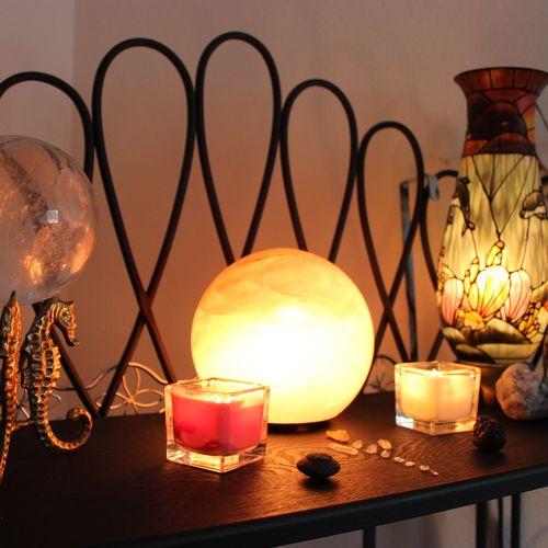 Workroom lighting and stones.