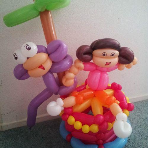 Dora center piece