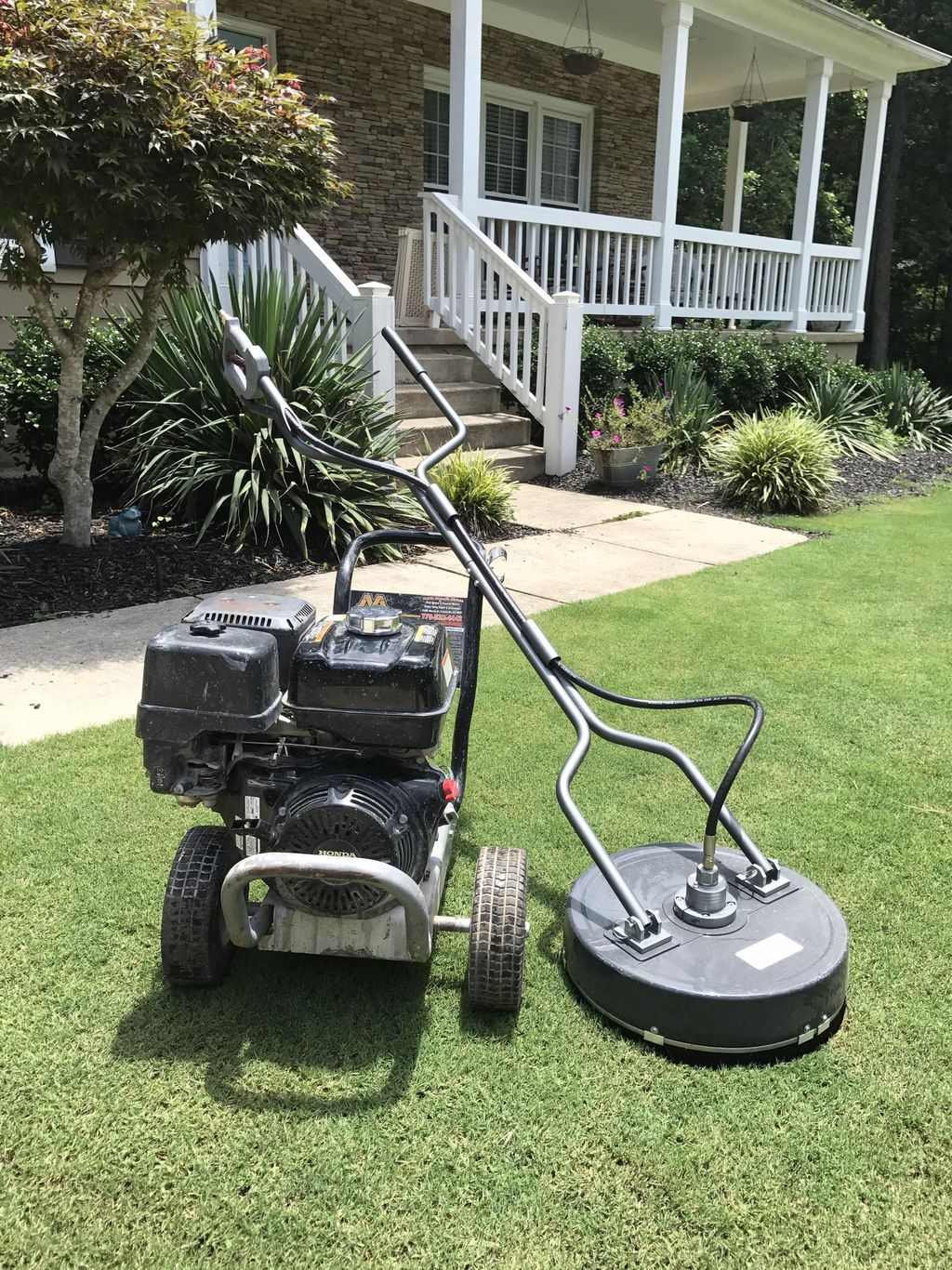 Pressure Washing And Lawn Care Services