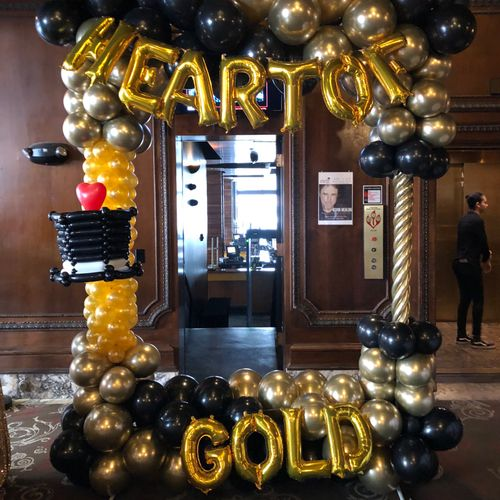 Every year I donate something balloon-y to a fundraising shindig for Variety Children's Charity. A more classy photo frame.