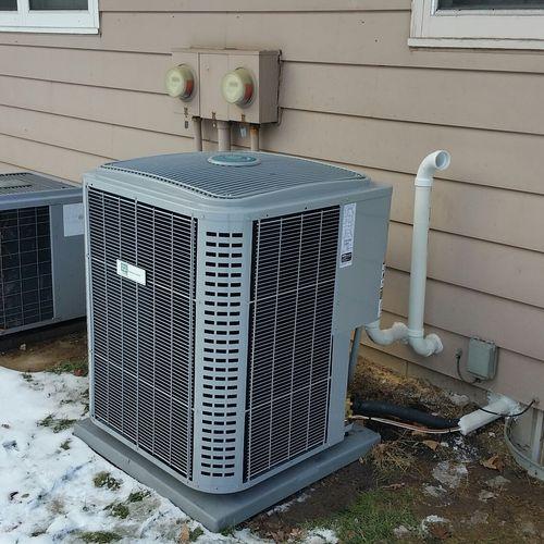 17 SEER Ultra Efficiency Air Conditioner Installation