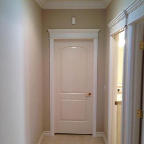 Door casings with 3 piece header