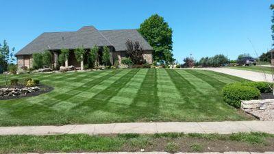 Avatar for Impressive Lawns