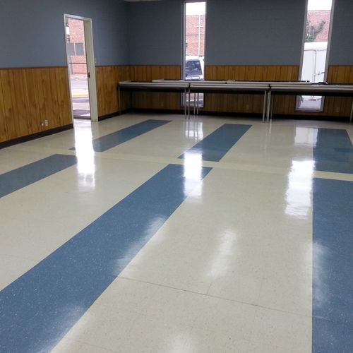 Commercial floor. Fresh floor buff.