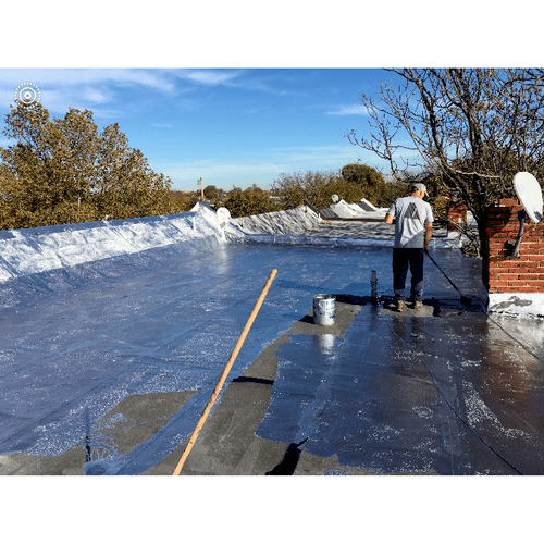 During flat roof coating