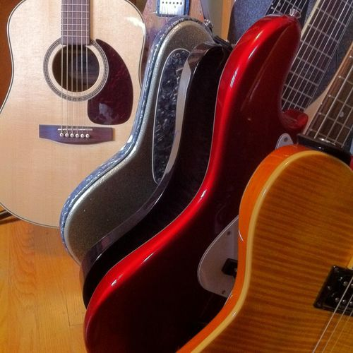 Acoustic or Electric Guitar in multiple styles.