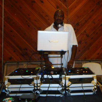 Avatar for Fresh D. Productions (DJ FRESH) Virginia Beach, VA Thumbtack
