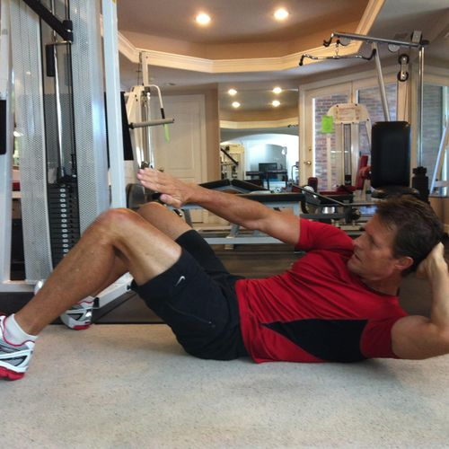 Demonstrating an Oblique abdominal exercise at my Private Home Studio