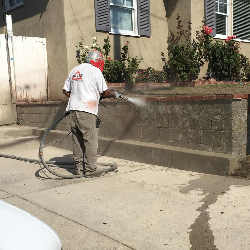 Robert Renew Or New Stucco And Sandblasting