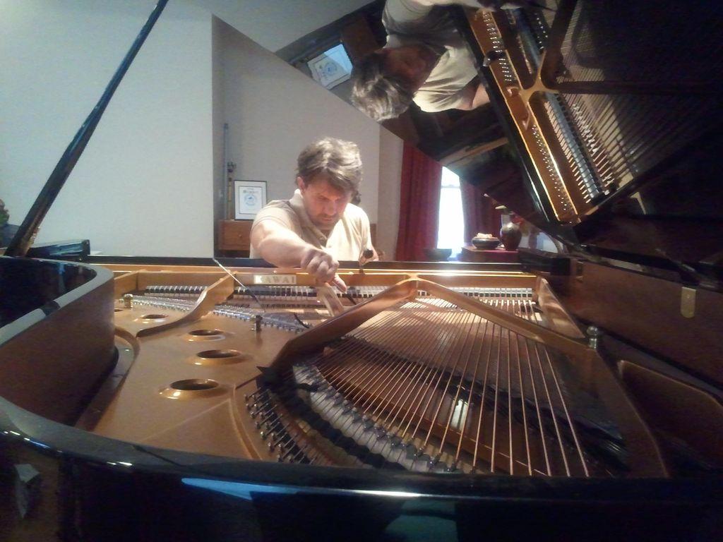Erik Wuotila- Piano Tech