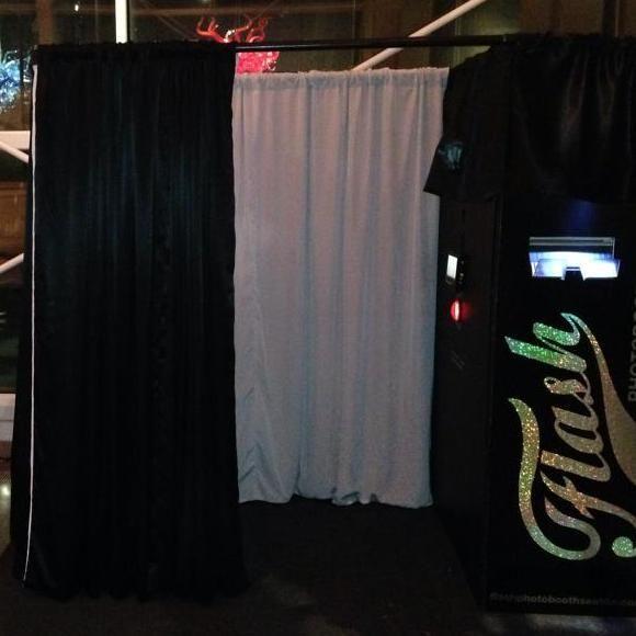 Flash Photobooth Seattle
