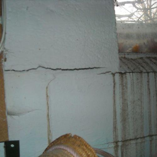 Hydrostatic pressure on wall
