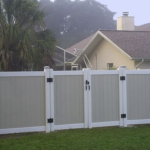 Two Tone Vinyl Privacy Fence has become very popular.