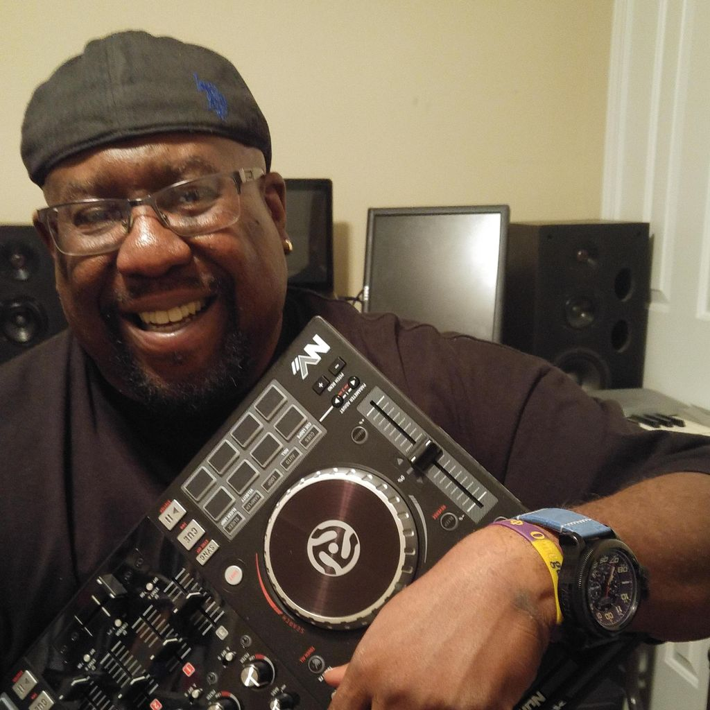 DJ MAQ ENTERTAINMENT
