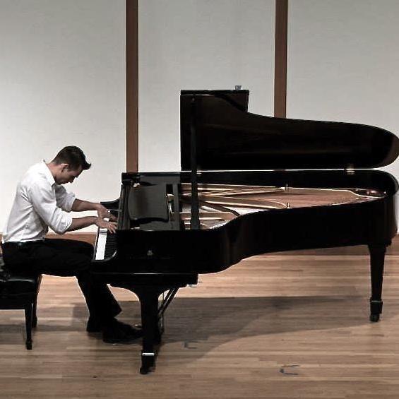 Nikita Zabinski Piano Studio