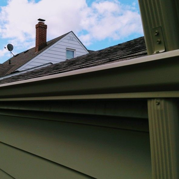 Micky's Gutters and Construction LLC