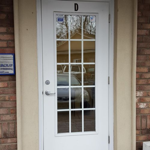 Welcome! This is the front door to the Halcyon Mental Health, PLLC office suite.