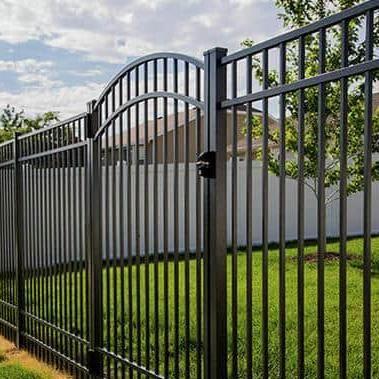 Bear Creek Fence & Backyard