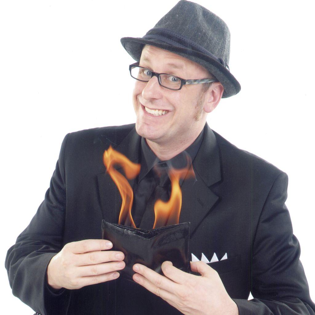 Magician Eric Kurit