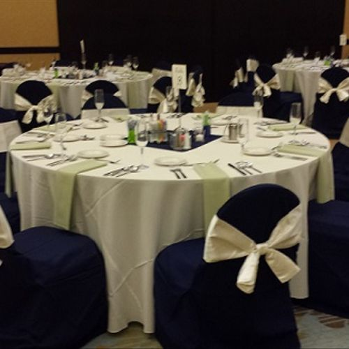 Hilton wedding reception setup