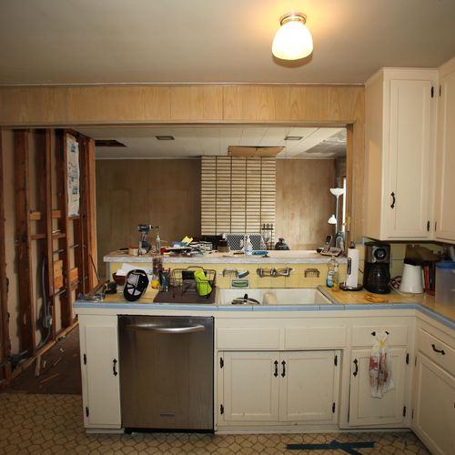 Kitchen & Family Room Remodel (east view, before)