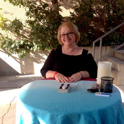Me reading at a fundraiser for Utah's Hogle Zoo. 2014.