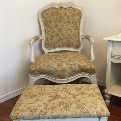 The Best Upholstery Repair Services In Springfield Mo 2019