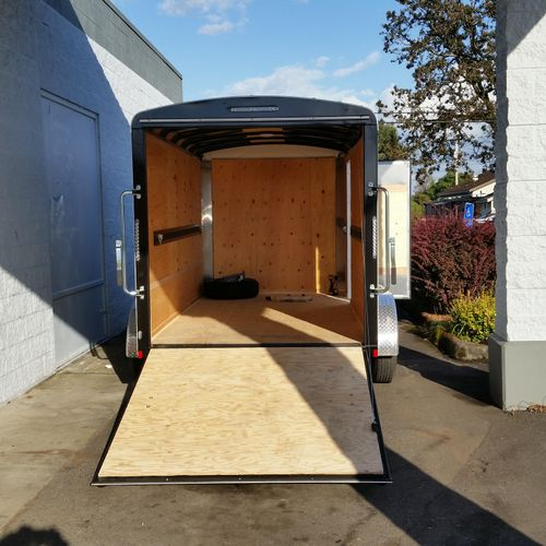 12' enclosed trailer
