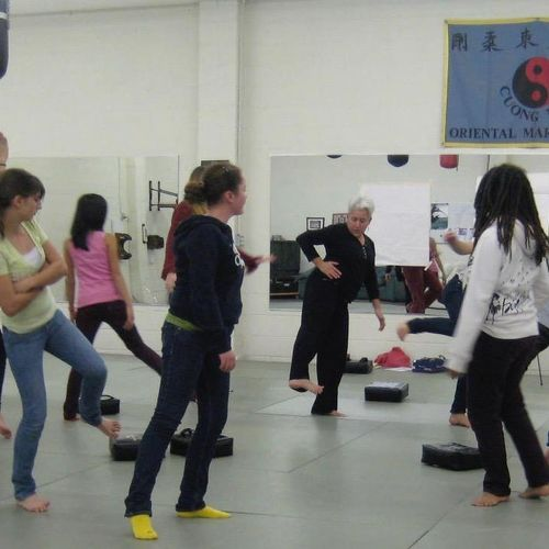 StreetSmarts! Self Defense class for women
