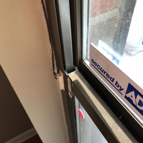 An old (80s-90s) Kinco window with a broken sash guide usually due to a worn out balance rod.