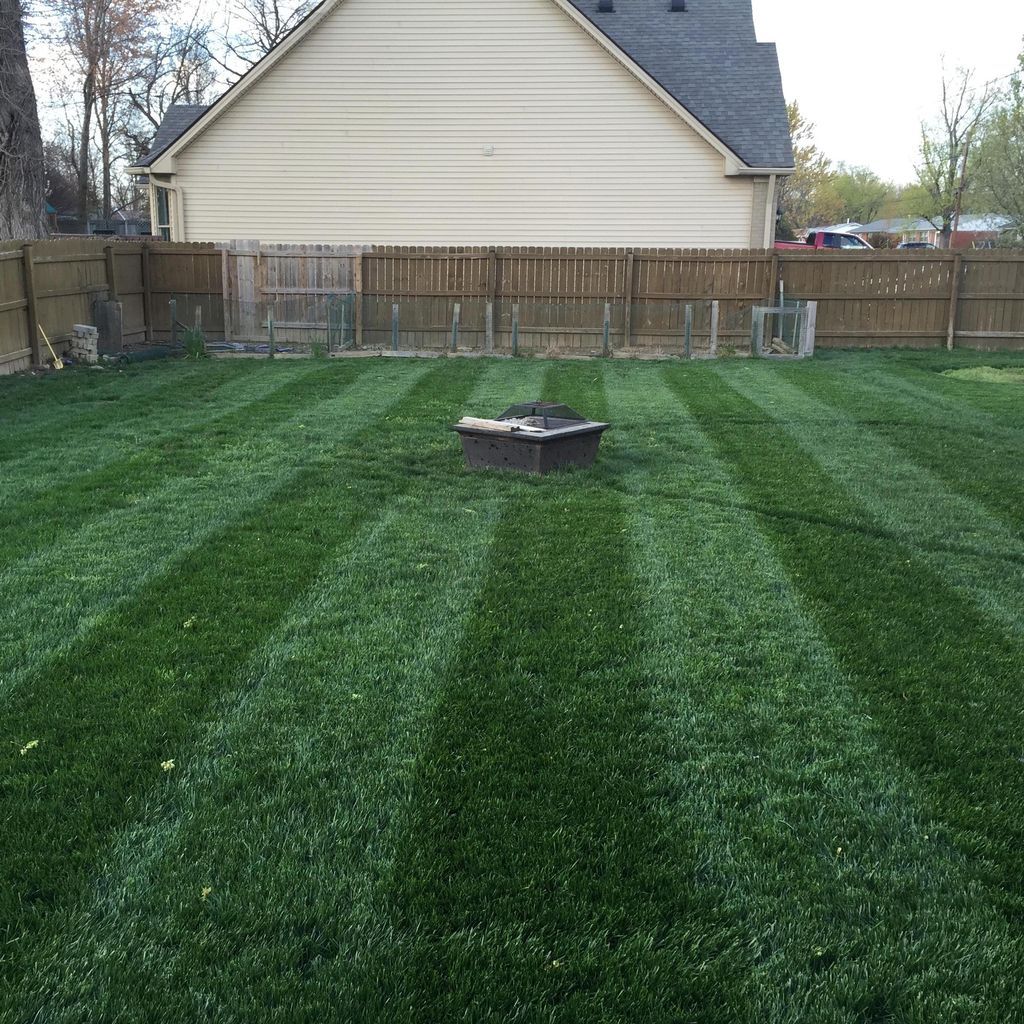 Travis Lawn Care LLC