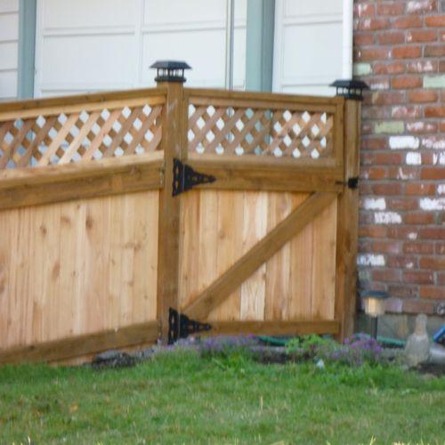 A beautiful Lattice Top Fence